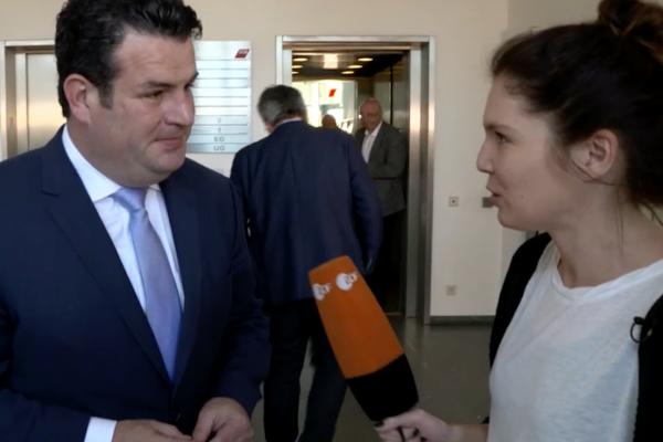 """ZDF Zoom Dokumentation """"Arbeit auf Zeit"""""""